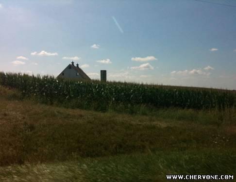 посеред кукурудзяних полів у південному Огайо
